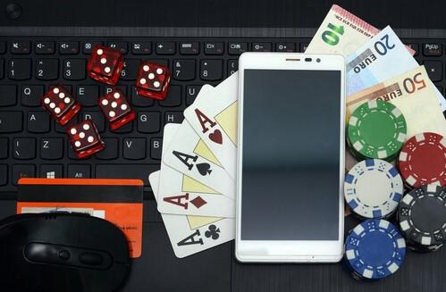 Manfaat Mengikuti Taruhan Poker Online Uang Asli