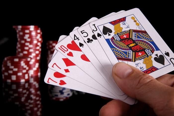 Tiga Jurus Ampuh Dalam Permainan Poker Online